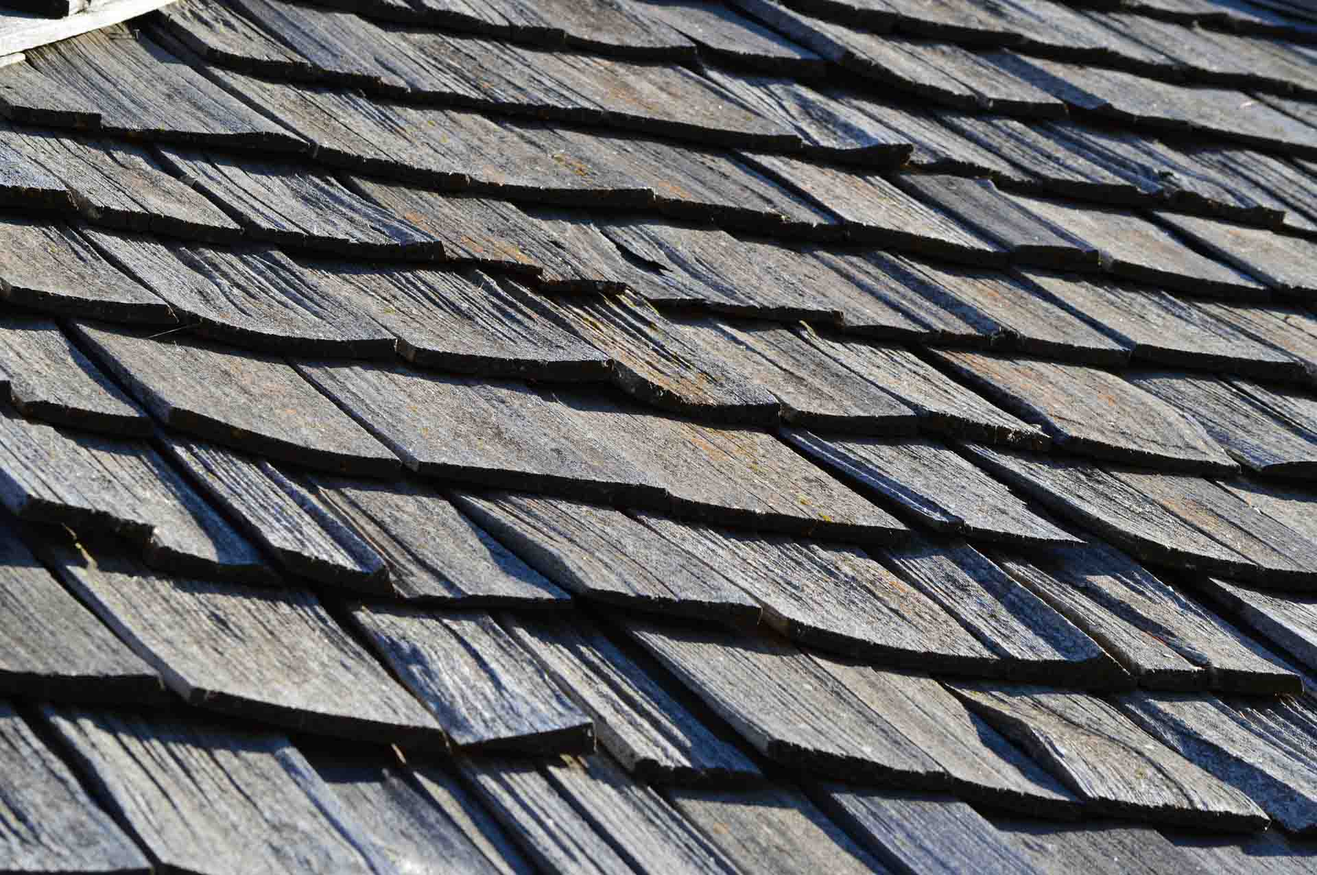 Liverpool Carpenters - Wooden Roof Tiling